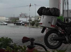 Albania-tirana-pioggia