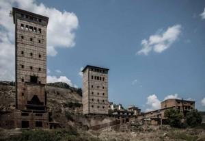 albania-paesaggio-fabbrica