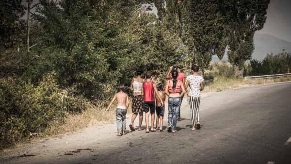bulgaria-bambini-rom-strada