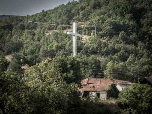 macedonia-paesaggio-croce