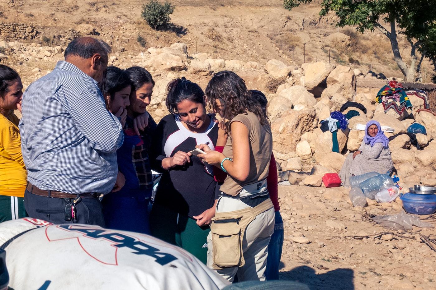 popolo curdo scambio contatti