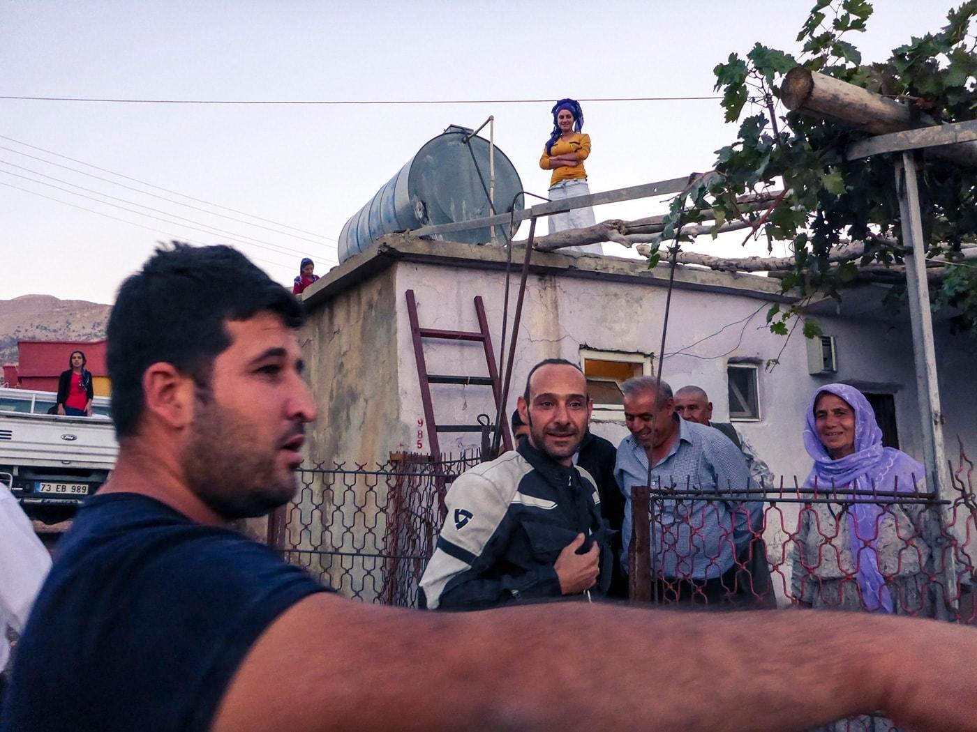 popolo curdo baracca