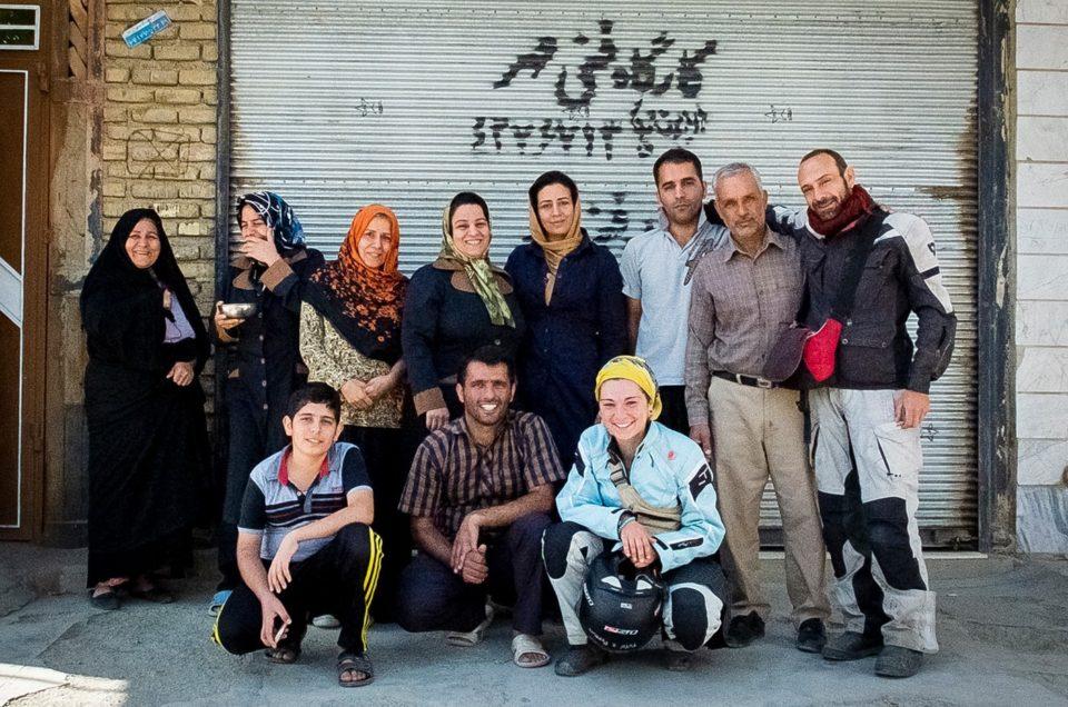 Ospitalità Iraniana. La Strega, il Buono e le Comari.