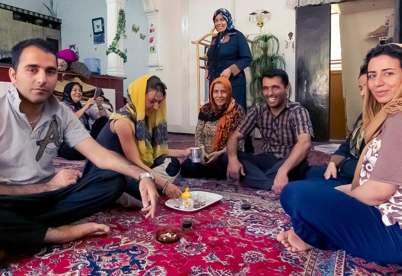 iran in moto ospitalità famiglia