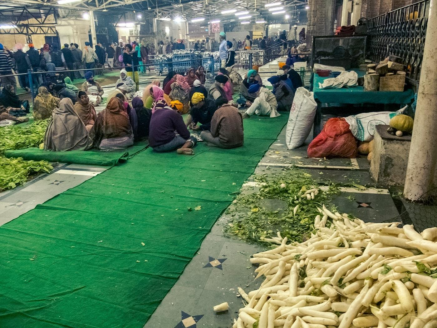 viaggio in india amritsar cucina comune