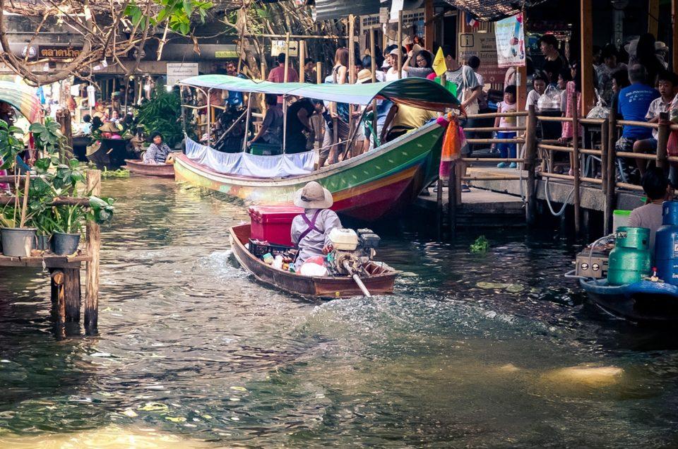 Thailandia in moto. I ragazzi dello zoo di Bangkok