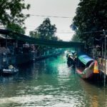 thailandia in moto mercato galleggiante khlong lat mayom