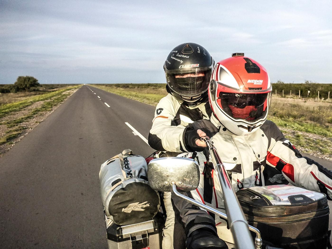 patagonia in moto nella pampa