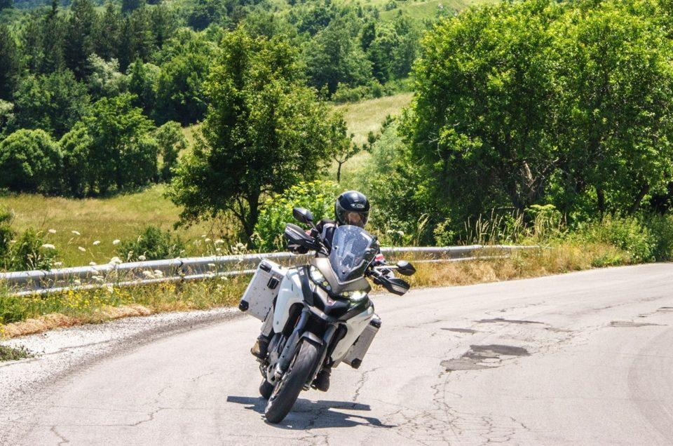 Ducati Multistrada 1200 Enduro. Sentirselo grande